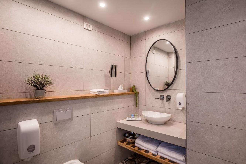 חדרי גן - חדר שירותים